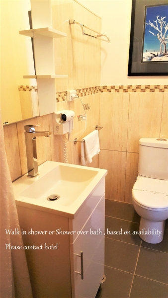 Text-Panorama-Jindabyne-Accommodation-Hotel-Renovated-Premium-RoomUpperr