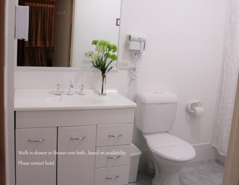 Text-Panorama-Jindabyne-Accommodation-Hotel-Lake-View-Room22