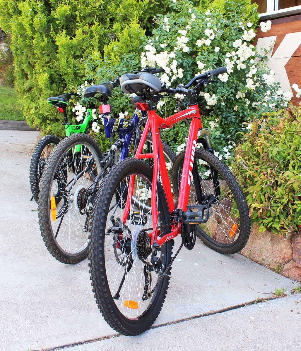 Ski-Inn-Jindabyne-Accommdation-Cafe-restaurant-bar- Free Bike Hire 04